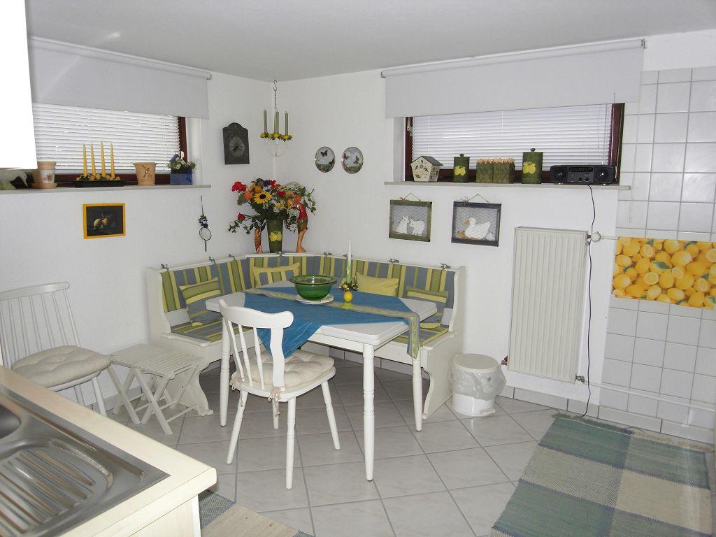 bruch immobilien mietobjekt in ruhiger wohnlage 760 aus timmendorfer strand. Black Bedroom Furniture Sets. Home Design Ideas